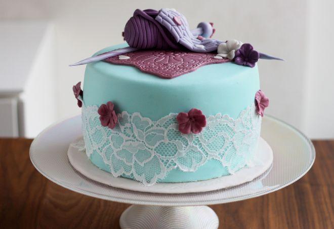 Торта за рожден ден плетиво
