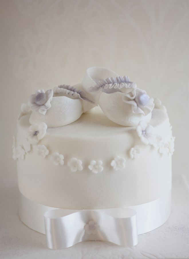 Детска торта за момиче с пантофки