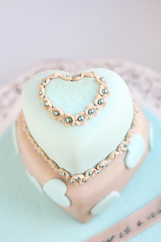 Торта сърце за свети валентин
