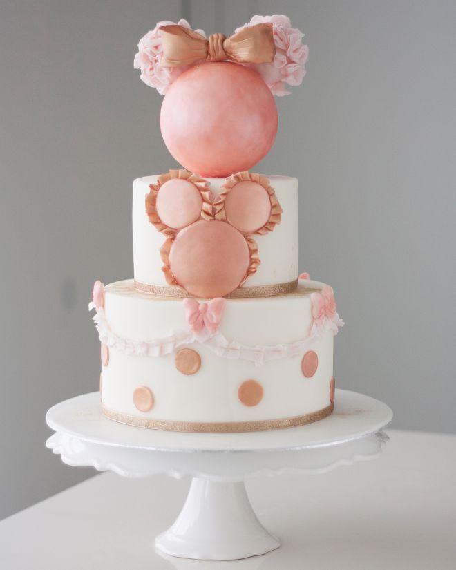 Торта за рожден денс мини Маус и точки