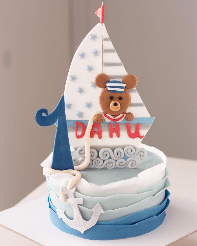 Морска торта с мече